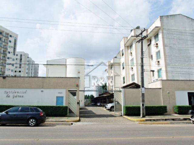 Vende-se um excelente apartamento no Residencial da Gávea