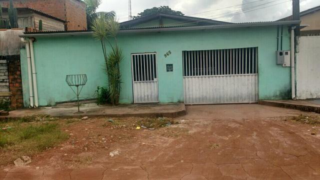 Vende-se 2 casa no bairro Marabaixo 3