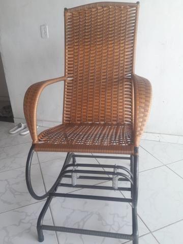 Vende-se cadeiras de balanço com 4 molas