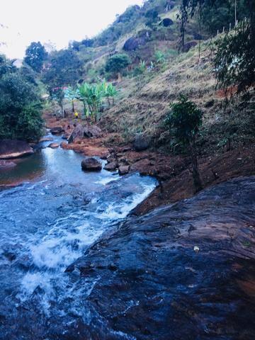 Sítio Santa Teresa, um paraíso com linda Cachoeira