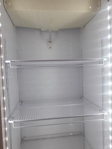 Vende-se Freezer Vertical