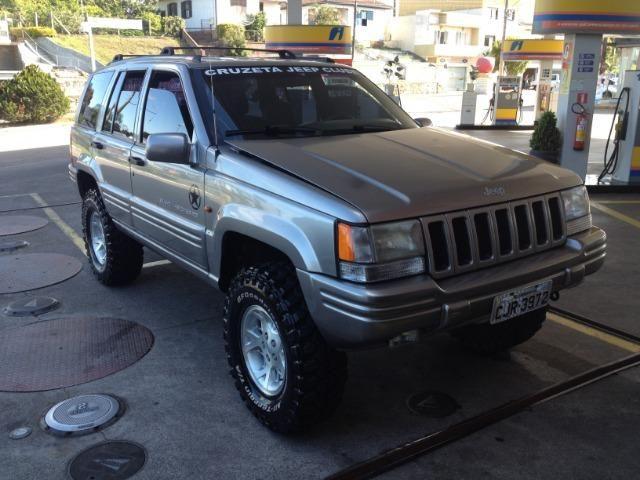 Elegant Jeep Grand Cherokee