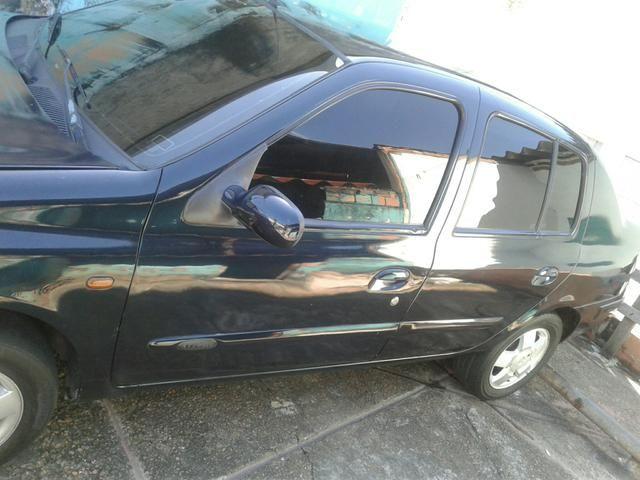 Clio sedan 1.6 financia com 3 mil de ent - Foto 5