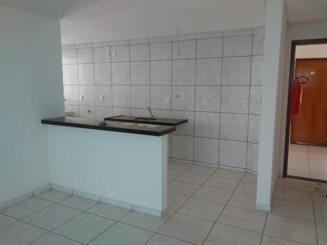 Apartamento novo, 03 suítes, 84 m² na zona leste, aceita troca ou financiamento! - Foto 4