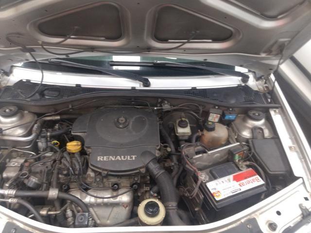 Renault Logan 1.6 8v completo 2011 - Foto 2