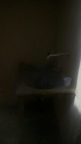 Aluguel de Barracão 3 cômodos, incluso água energia no valor do aluguel, para uma pessoa - Foto 5