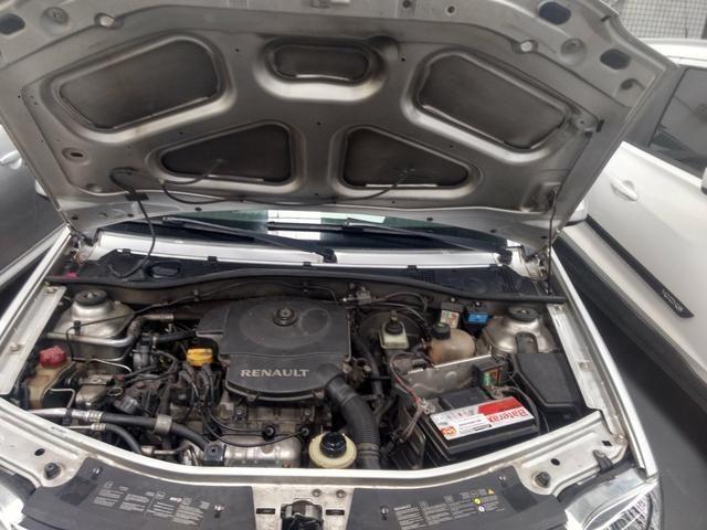 Renault Logan 1.6 8v completo 2011 - Foto 4