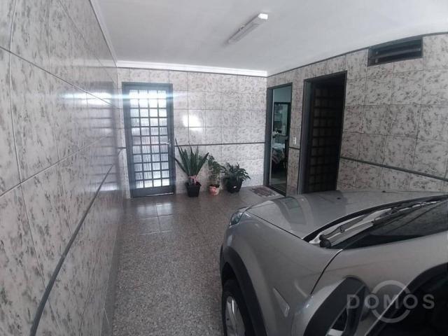 Vendo Sobrado com 4 Casas e 1 Loja - Foto 3