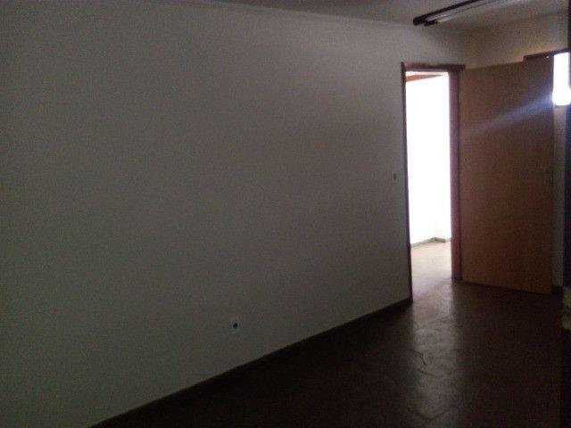 Maior sala do condominio no centro da cidade - Foto 6