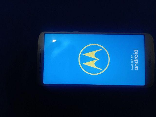 Moto E5 Platinum 16GB - Foto 3