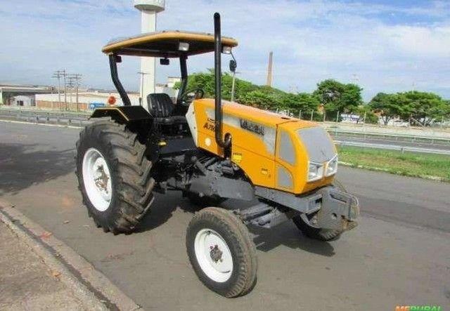 Trator Valtra/Valmet A 750 4x2 ano 10