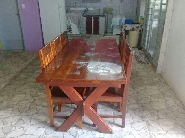 Mesa 0,87 X 1,94 com 6 cadeiras e 2 duas gavetas.  - Foto 4