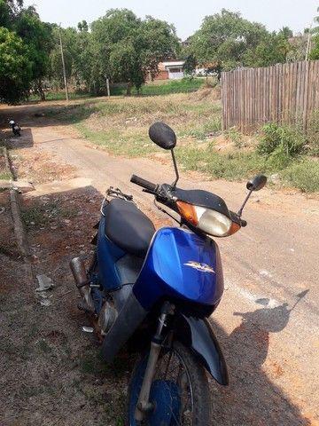Moto Biz 100 Ano 2001