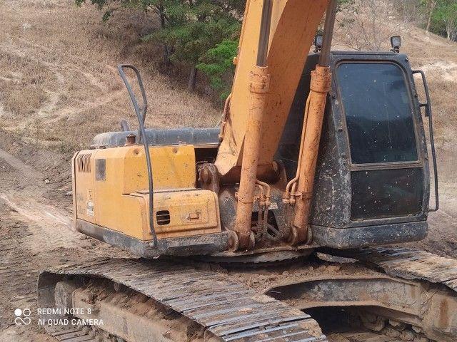 Escavadeira Hyundai LC 7 210 - Foto 4