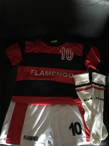 Uniforme infantil do Flamengo