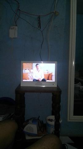 Vendo essa tv 14 polegadas digital