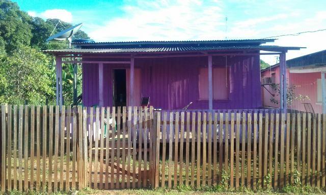 Vende-se uma casa no Bujari