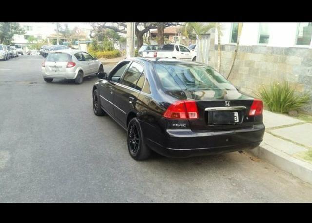 Honda Civic 1.7 EX Automático