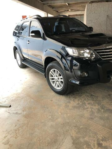 Hilux Sw4 7 lugares. 2015