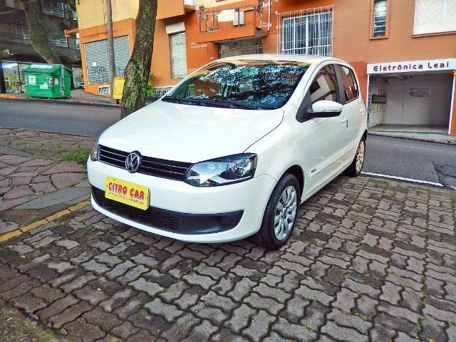 Vw - Volkswagen Fox 1.0 Trend Completo Apenas 40 mil km - Foto 4