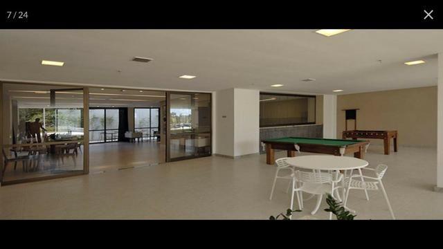 Apartamento Alphaville Cosmopolitan 1 suíte 52m² Nascente Finamente Decorado Vista Lagoa - Foto 3