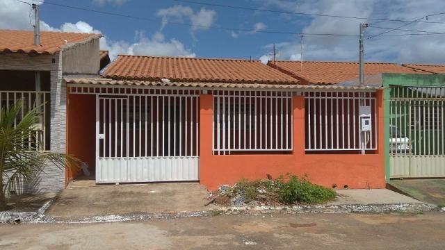 Vendo linda casa na laje St Coimbra águas lindas go - Foto 2