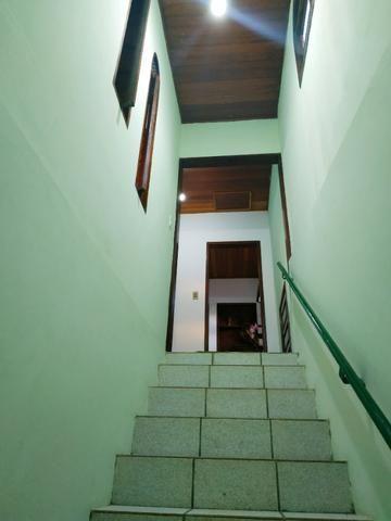 Aconchegante apartamento de dois quartos, amplo e muito bem localizado - Foto 14