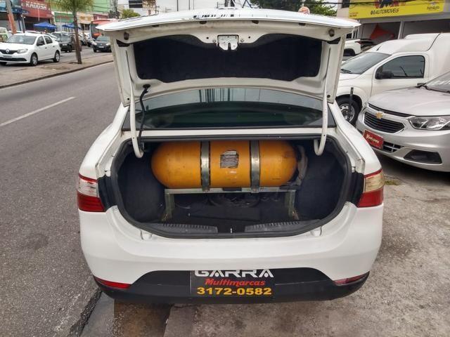 Grand siena kit gás 2015 entr: 0 + x 990,90 - Foto 6