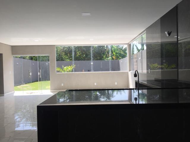 Oportunidade! Casa nova com piscina e churrasqueira em Vicente Pires - Foto 3