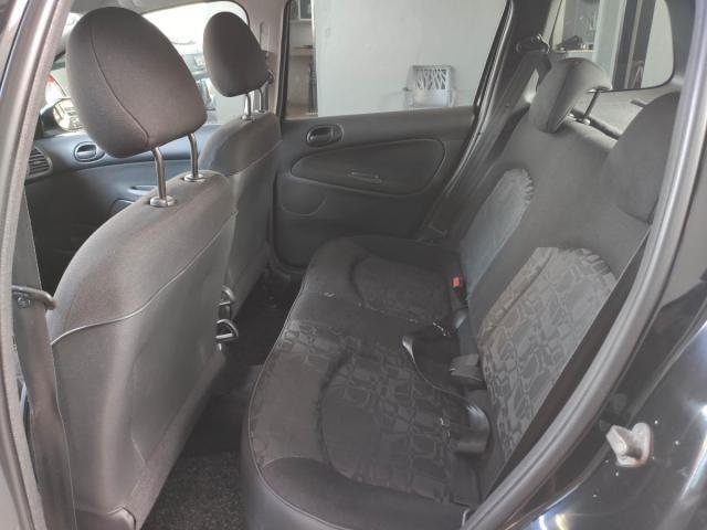 Peugeot  207 XR 1.4 8V Flex 82CV 4x2 4P - Foto 7