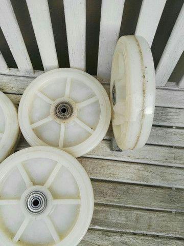 Roda de teflon rolamentada - Foto 2