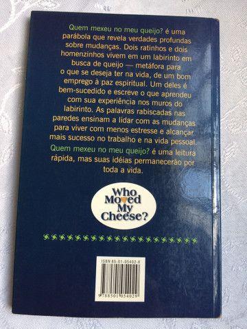 Livro Quem Mexeu No Meu Queijo? - Foto 2