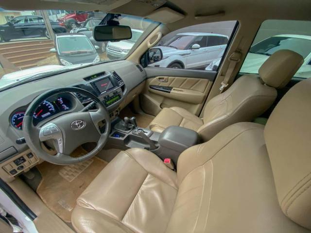 Toyota Hilux SW4 SW4 3.0 SRV 4X4 CD 7 LUGARES 16V TURBO INTERCOOLER 4P AUTOMÁTICO - Foto 11