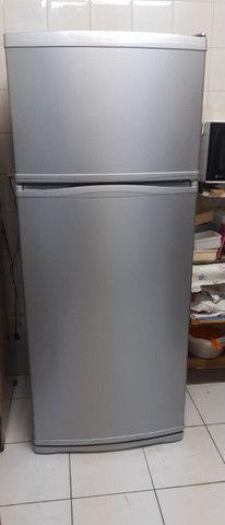 Envelopamento de geladeira - Foto 2