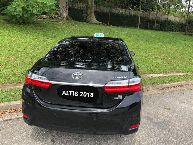 Corolla ALTIS 2018 (taxi completo) isento de IPVA - Foto 3