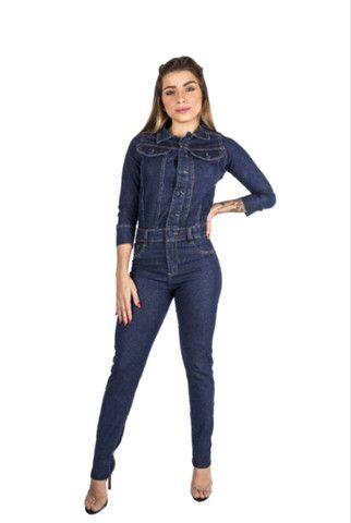Macacão longo jeans manguinha feminino - Foto 3