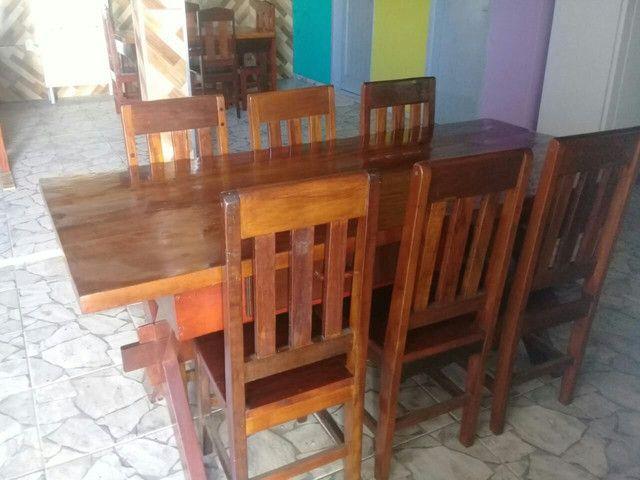 Mesa 0,87 X 1,94 com 6 cadeiras e 2 duas gavetas.  - Foto 6