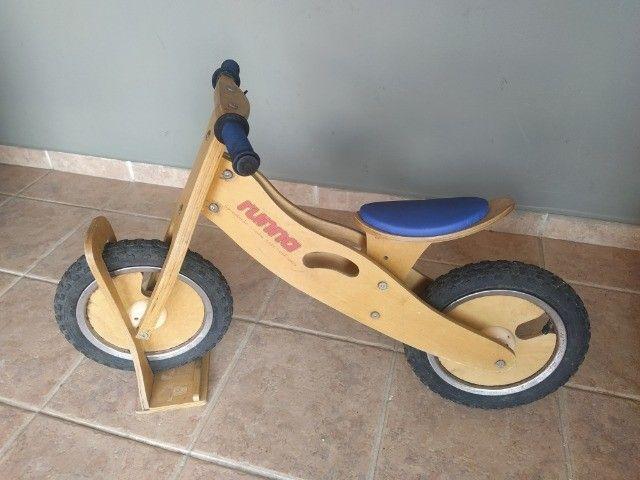 Bicicleta de Madeira Runna Bike sem pedais - Foto 4