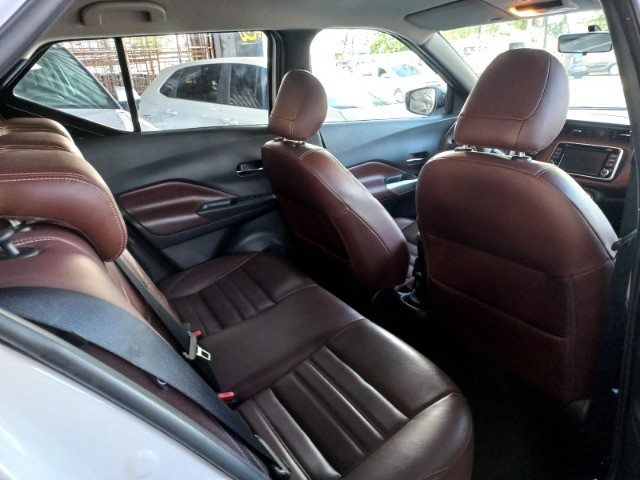 Nissan Kicks 1.6 SL  Automático CVT 2018 com interior marrom Extra! - Foto 7