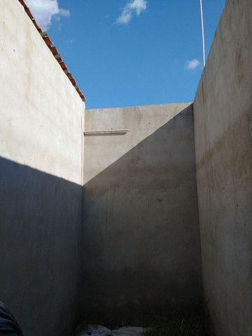 Casa com cisterna 95% concluída - Foto 6