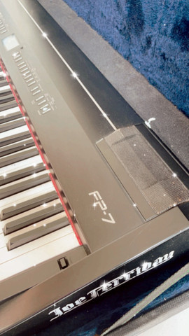 Piano Eletrônico Digital Roland FP-7 - Foto 5