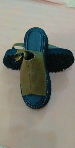 Sandálias de couro - Foto 2