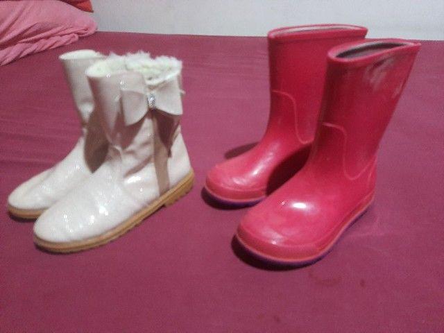 8 pares de calçados  menina 27/28 - Foto 4