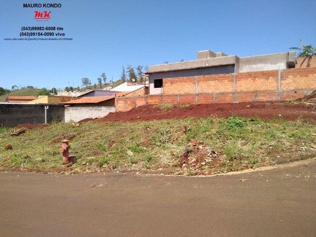 Terreno comercial de esquina com 361,00 m2 no residencial Casagrande em Ibiporã. - Foto 2