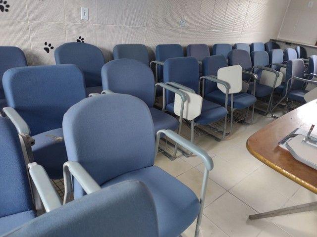 Cadeiras fixas escolares alcochoadas - Foto 5