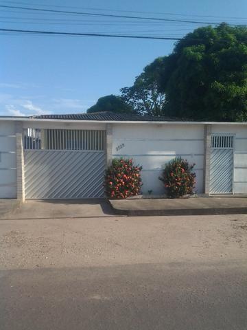 Casa bem localizada no bairro Novo Horizonte