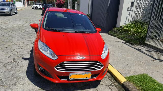 New Fiesta SE 1.6 16V PowerShift 2014