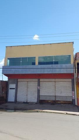 Vendo prédio Avenida Luizão perto pista araçagy no bairro Vila Luizão.