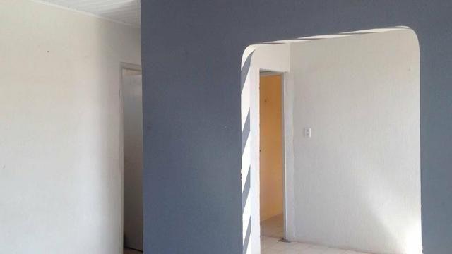 Aluga-se apartamento no conjunto Augusto Franco