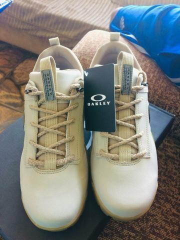 47bc7ceefc9 Bota da Oakley - Roupas e calçados - Taguatinga Norte